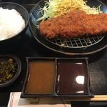 71190446 - ヘレカツ定食(¥1250)
