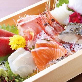 こだわり串焼きと産直鮮魚!豊洲市場から仕入れているので新鮮!