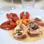 マ プール - 料理写真:北海道阿寒湖のエクルビスと伊達鶏のヴァンジョーヌソース