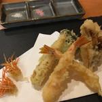 銀座 天ぷら 阿部 - 車海老、キスの梅しそ巻き、ヤングコーン、舞茸、ブロッコリー