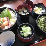 71199712 - 活貝づくし丼セット ¥1850