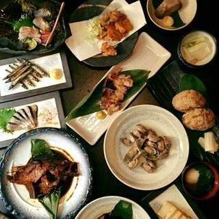 料理メニューは食材の仕入れ次第、オススメの食材のみを使用