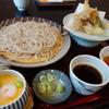 芳本茶寮 - 料理写真:天麩羅付きざるそば(¥1500税込み)