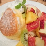 71206747 - フレッシュフルーツパンケーキ