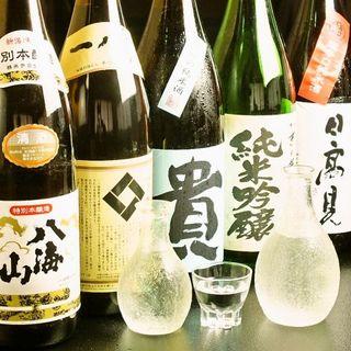 よし寿司 - 季節・仕入れで変わるオススメの日本酒♪
