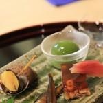 竹久 - 八寸 ①ちあゆの甘露煮 ②青梅の蜜煮 ③黒ばい貝 ④鱧のにこごり ⑤酢どりみょうが