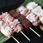 麻布 ふじ嶋 - 串焼は毎朝つぶしたてのお肉のみ使用しています。