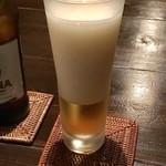 Lutina - シンハービールは瓶飲みにせずグラスで