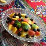 ワルン ジャムカレット - ココナッツプリンにフルーツとタピオカが‼️美味し‼️