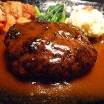 ステーキ・デボン - ☆たっぷりなデミグラスソースですね(*^。^*)☆