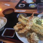 イルカ - お魚の天ぷら定食