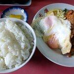 天領 - 目玉焼き鶏天ご飯:700円