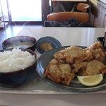 まんぷく食堂 - ザンギ定食