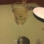 37 QUALITY MEATS - スパークリングワイン