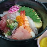 ショッパー桜川 - 海鮮丼(500円)
