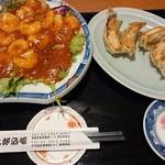 慶太郎酒場 - 〇エビチリ餃子定食 690円