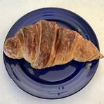 イソップベーカリー - クロワッサン、朝のパリ。