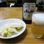 味芳斎 - ビールとお通し