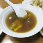 71233369 - ゴマと干し椎茸風味のスープも美味しい