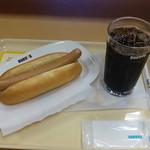 ドトールコーヒーショップ JR和歌山駅店 - モーニングセット(ジャーマンドック,アイスコーヒー)