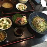 秋葉原漁港 快海 - 冷やし貝そばとミニ海鮮丼850円