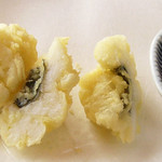 天ぷら新宿つな八 - 料理写真:鱧の天ぷら