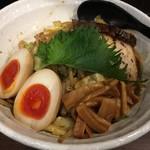 71241726 - 男のまぜ麺(200g) 煮卵、チャーシュー変更・炒め野菜トッピング