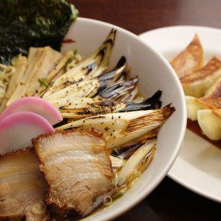 元祖焼ねぎ拉麺