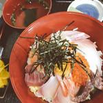 魚勢 - 料理写真:特選 魚勢丼