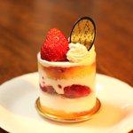 菓子工房 アントレ - ショートケーキ(2011.2.27)