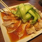 中華料理 華宴 - 豚と胡瓜のニンニクソース2011,3