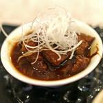 太門 - 前菜の牛のスジ肉のどて煮