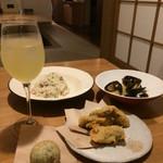 男の白ワイン専門料理店 suEzou 百福 -