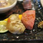 太門 - 前菜のピリ辛コラーゲンと焼明宝ハム
