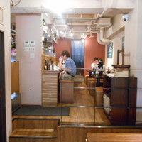 酒晴-店内(カウンター席&テーブル席)
