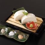 川長 - 料理写真:濃厚なめらか絹豆富 580円