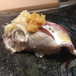 第三春美鮨 - 真鰺 80g 瀬付き 釣 兵庫県沼島
