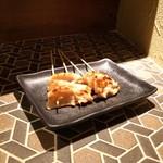 炭火焼鳥酒場だんご - ☆やげん軟骨(塩) 130円