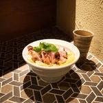 炭火焼鳥酒場だんご - ☆炭焼親子丼(鶏スープ付き) 680円