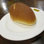 ウッドストック - 自家製パン