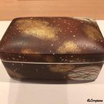 祇園 岩元 - 陶器の重で登場です