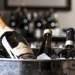 デルフィーナ - 料理とワインのペアリングもご用意しております。