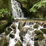 蘇山荘 - 大曽根の瀧
