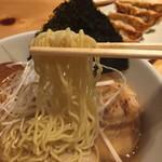 71265469 - 麺は細麺