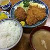 とんかつ吉乃家 - 料理写真:定食(700円)
