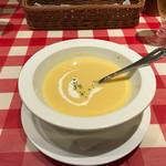 71268205 - Aセットのコーンスープ。洋食屋さんの味。