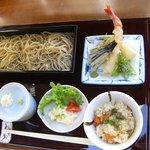 蕎麦 あざみ - 料理写真:当店自慢の限定ランチ(1050円)
