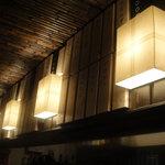 どらいち - 店内の照明