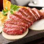 A5和牛専門 ステーキハウス大地 - 料理写真: