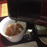 蕎匠 包丁切りそば みとう庵 - 蕎麦湯はポットからセルフサービス